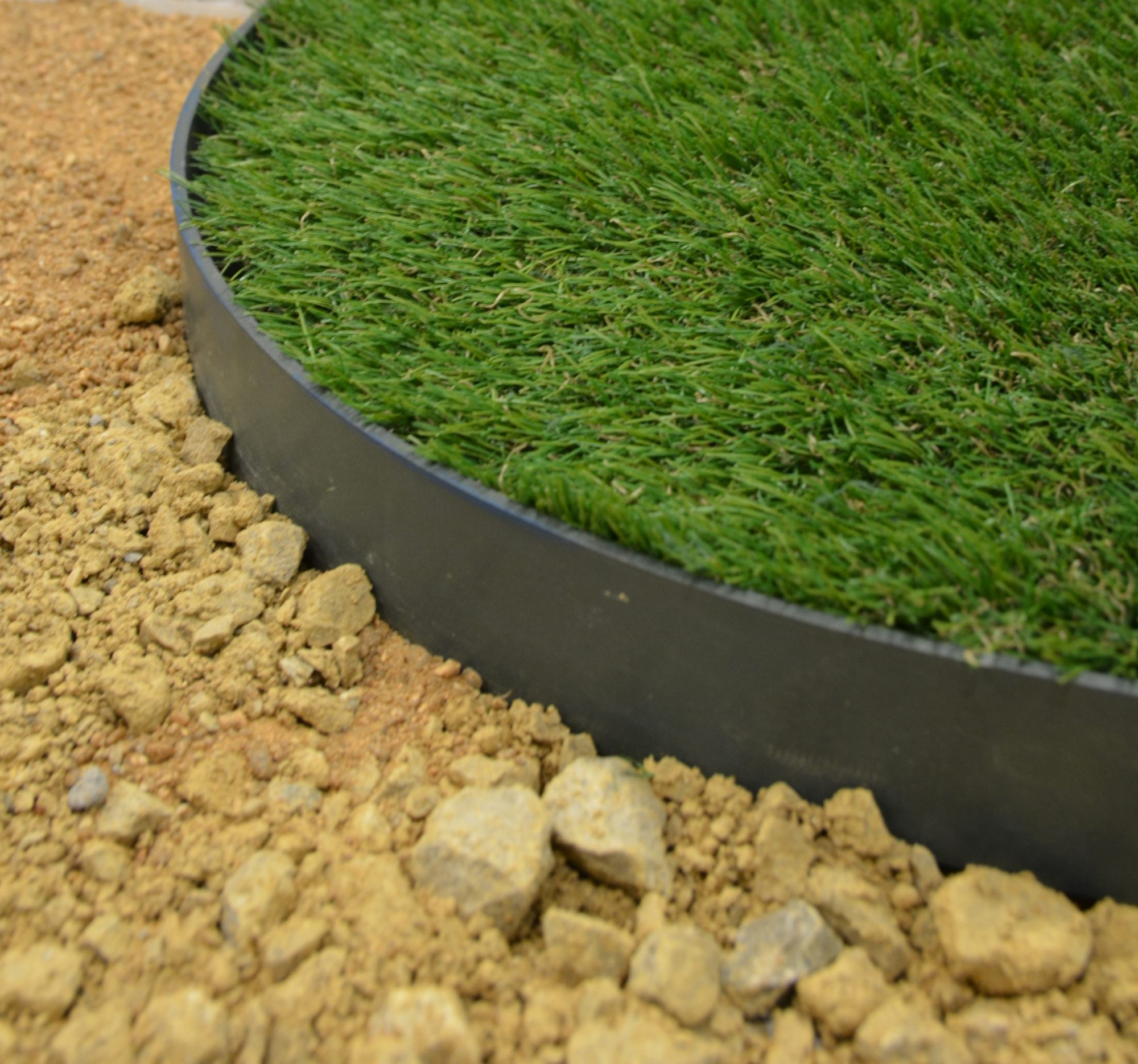 Borders-image-e1581695997840 Jouplast Lawn Edging Added To Range - Plastic Mouldings Northern
